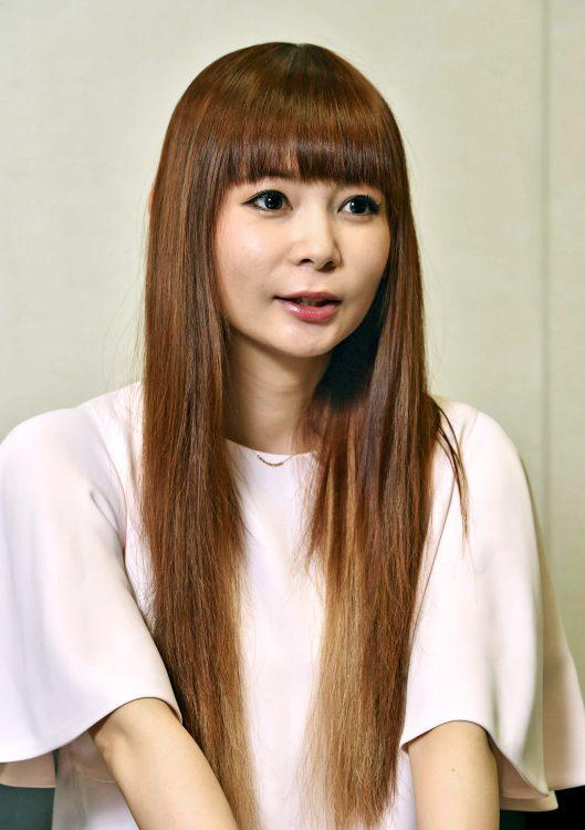 写真 「骨髄バンク支援キャンペーンのCMで父と『共演』できた」と語る中川翔子さん