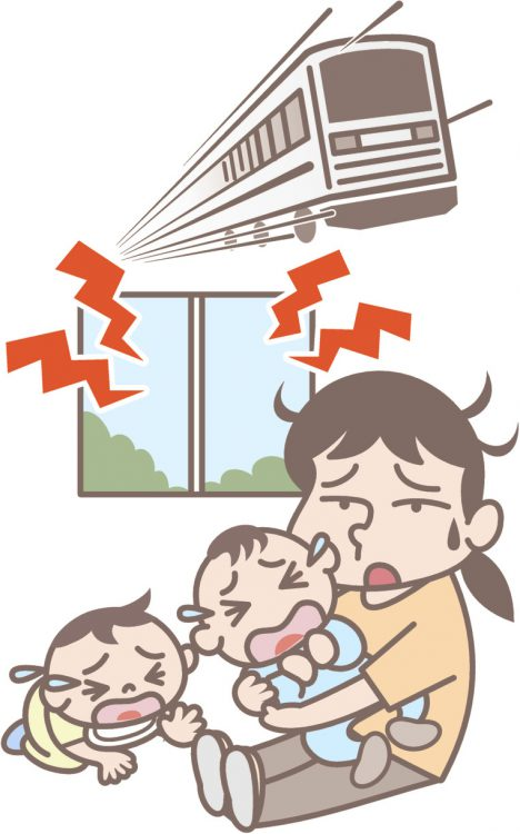 イラスト 外の騒音で泣いている子どもと保育士