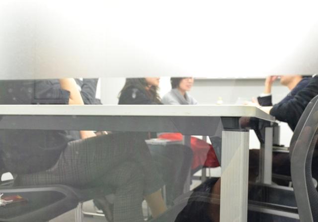 子どもへの体罰などの経験を語り合い、なくすための方法を考える「東京すくすく」編集チームのメンバー
