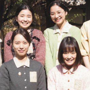 写真 「あの日のオルガン」の出演者たち(ⓒ2018「あの日のオルガン」製作委員会)