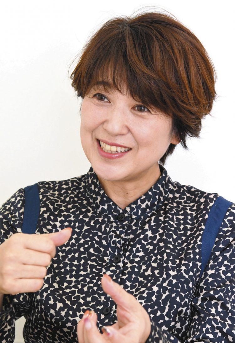 写真 新田恵利さん