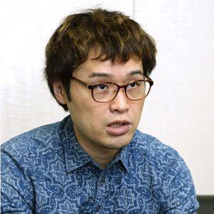 校則の状況などについて話す評論家の荻上チキさん